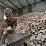 फैक्टरी में काम करने वाले मजदूर की इमोशनल कहानी