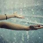 बारिश में जब उसकी याद आयी | बीते लम्हे जब याद आते है |
